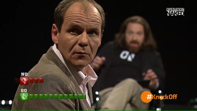 OLAF BURMEISTER  (im Hintergrund: SVEN FECHNER)